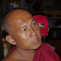 Буддийский монах :: Михаил Рогожин