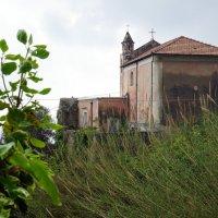 Заброшенный Храм :: михаил кибирев
