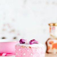 Just pink :: Katie Voskresenskaia
