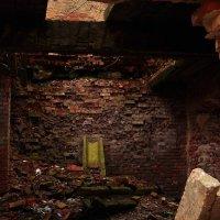 Подвалы жизненных терзаний, развалины былых надежд... :: Алеся Пушнякова