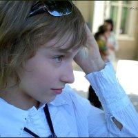 Если третий день нет настроения - пора в парикмахерскую. :: Anna Gornostayeva