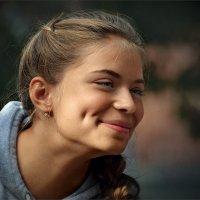 У любви глаза зелёные... :: Александр Поляков