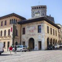 Город в Италии :: Михаил Калакуцкий