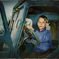 Старый трактор :: Olga Zhukova