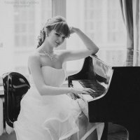 Невеста у рояля :: Ярослава Бакуняева
