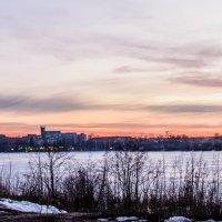 Зимний закат на озере :: Иван Моняков