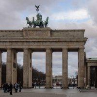 Брандербургские ворота :: Witalij Loewin