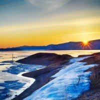 Весенний Амур на восходе. :: Поток