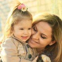 Мама с дочей :: Анжелика Засядько