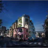Гуляя по Монмартру...Холм Монмартр — высочайшая точка Парижа. :: Александр Вивчарик