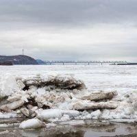 Скоро тронеся лед. :: Поток