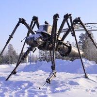г.Ноябрьск. Памятник комару. :: Лариса Красноперова