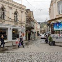 На улочках Тбилиси :: Алексей Окунеев