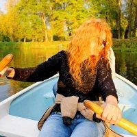 Девушка с веслом :: Андрей Krushinin
