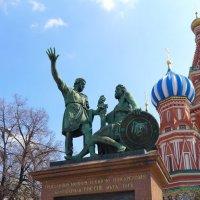 Памятник Минину и Пожарскому :: Валерий Судачок