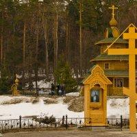 На источнике святого Серафима Саровского. :: Виктор Евстратов