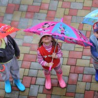 прогулка под дождём :: Tatiana Florinzza