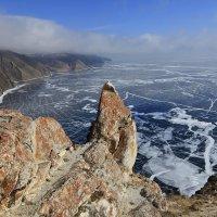 Байкал в марте :: Владимир Собардахов