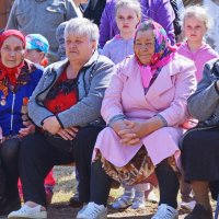 На празднике в деревне :: Валерий Симонов