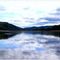 Утро на реке :: Andrey Tsarev
