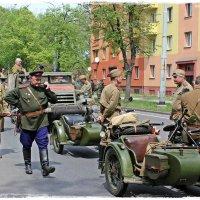 30 апреля 2015 года жители Остравы вспомнили освобождение города от нацистов... :: Dana Spissiak
