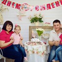 Семейная фотосессия в студии Аквамарин :: марина алексеева