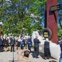 Открытие стеллы в нашей деревне :: Сергей и Ирина Хомич
