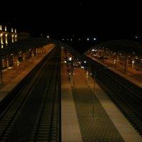 Ночной вокзал :: Алёна Савина