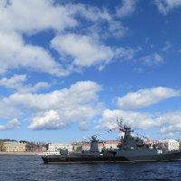Военные корабли на Неве. :: Валентина Жукова