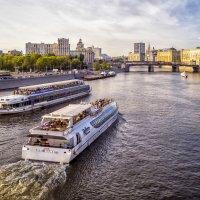 Вид с моста :: Андрей Дворников