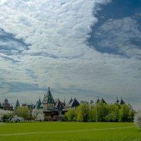 Небо над дворцом.... :: Игорь Егоров