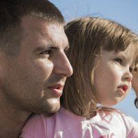 Папа и дочь,сын и внучка. :: Юрий Харченко