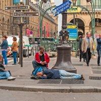 В трех шагах от Лувра :: Виктор Льготин