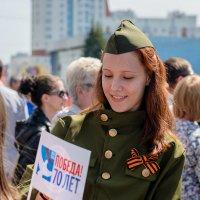 Девушка в военной форме. :: Сергей Черепанов