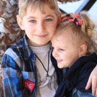 Братик и сестричка :: Tatiana Savelchenko