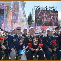 ВЕТЕРАНЫ ВТОРОЙ МИРОВОЙ ! Чебоксары 9 мая 2015 года. :: Юрий Ефимов