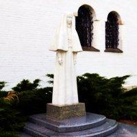 Памятник великой княгине Елизавете Фёдоровне. :: Владимир Болдырев