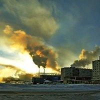 Заводы дымят... Жизнь идет :: Витас Бенета