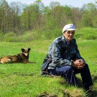 Сельский пастух с помощником :: Вадим Sidorov-Kassil