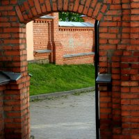 Арка в Старом городе :: Viktor Heronin
