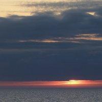 Солнце взойдёт... :: Юрий Цыплятников