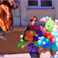 Девушка с шарами :: Татьяна Ломтева