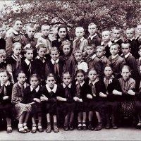 19 мая - День пионерии.   1960 год :: Нина Корешкова