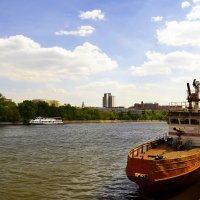 На Москве-реке. :: Владимир Болдырев