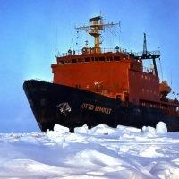 """НИЛ «Отто Шмидт"""". Гренладское море, 80 градусов сев. широты. :: kolin marsh"""