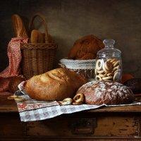 Хлебы самарские. С калачами и багетом :: Татьяна Карачкова