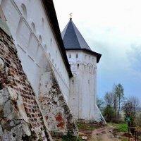Стена Саввино-Сторожевского монастыря с башней :: Ирина Н