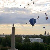 Утренний полёт над Великими Луками... :: Владимир Павлов