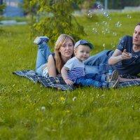 Суббота в парке :: Василий Гущин