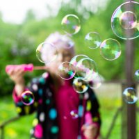 Мыльные пузыри :: aleysk